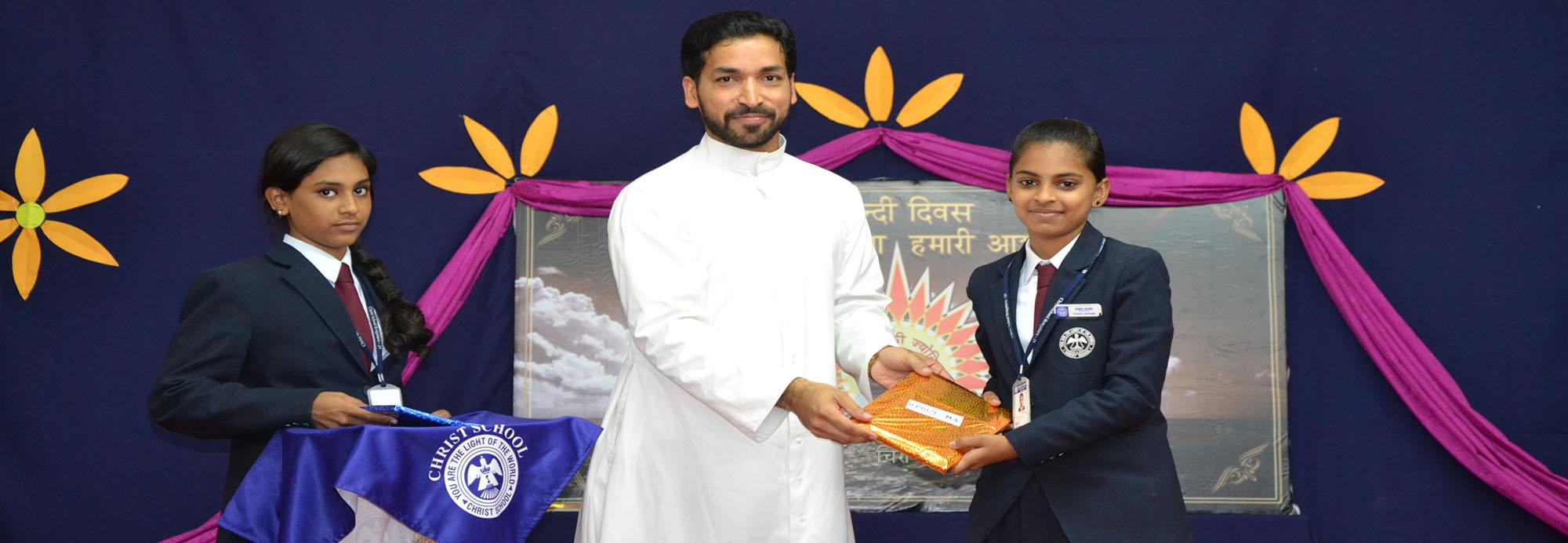 Christ school organized  Hindi Diwas on  14-09-17